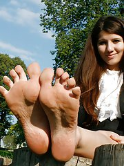 You have no idea how sensual and playful can young girls be with their feet. Experience teen foot fetish appeal up close, so close you can kiss the to